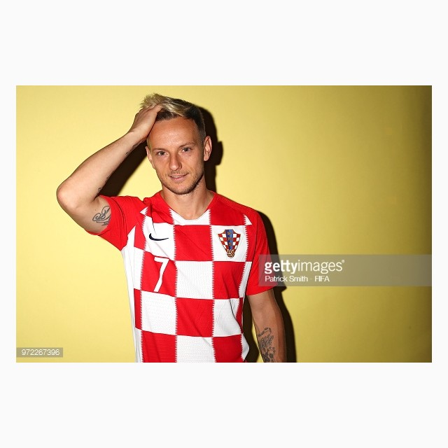dailylook_ao_dau_wc_croatia_02_ivan_rakitic