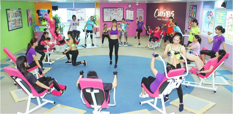 mot-buoi-tap-toan-bo-deu-la-nu-tai-curve-gym